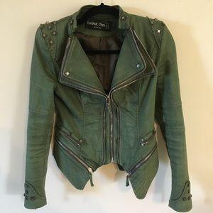 Lookbook Store army green jacket